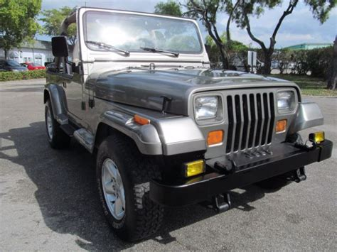 1991 jeep wrangler sahara sport utility 2 door 4 0l 4x4 garage kept excellent nr classic jeep