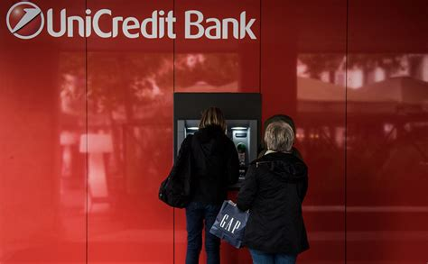 unicredit bank russia hackers stole data 400 thousand clients of unicredit bank