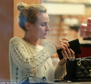 Brown Vanity Diane Kruger Is A Natural Beauty As She Goes Shopping
