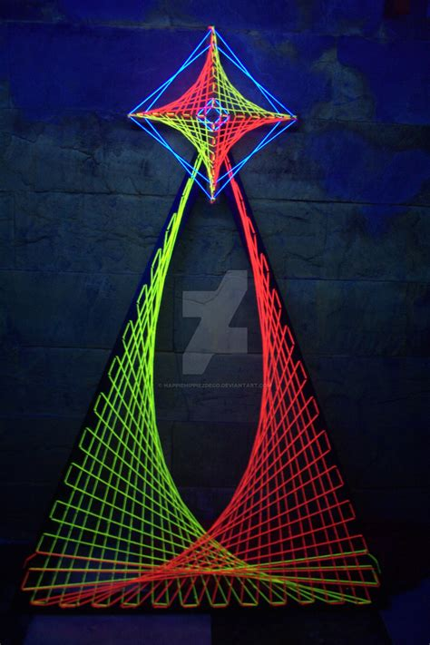 String 3d - 3d psychedelic uv string by happiehippiezdeco on