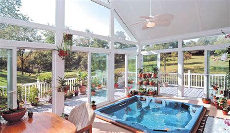Decorating Ideas For Small Living Rooms On A Budget decorar terrazas acristaladas