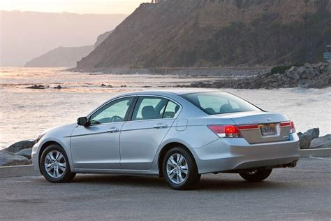2007 Honda Accord Vs 2007 Toyota Camry 2008 2012 Honda Accord Vs 2007 2011 Toyota Camry Which
