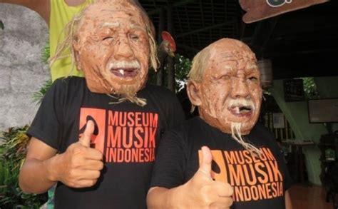 Kaos Theater Kaos Band Luar Negeri Kaos Musik teruntuk musik indonesia artikel musik