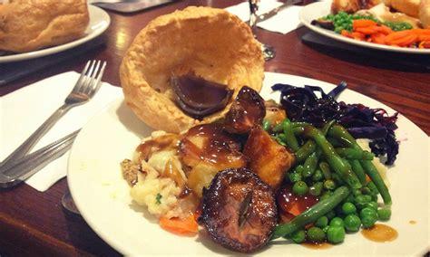 vegetarian sunday roast london