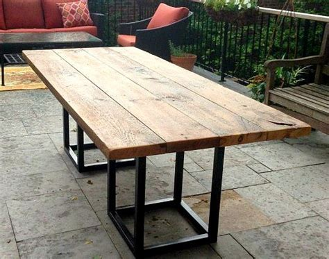 Outdoor Dining Tables by Salvaged Barn Board Dining Outdoor Dining Table With Metal
