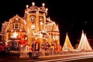 12 amazing christmas lights around the world christmas
