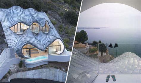 amazing house   hills       expresscouk