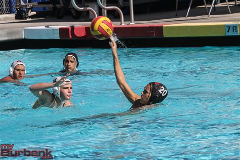 Cif Southern Section Water Polo by Burroughs Water Polo To Cif Semifinals Myburbank