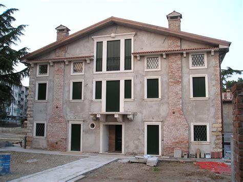 cornici verona cornici finestra per villa privata a verona achille grassi