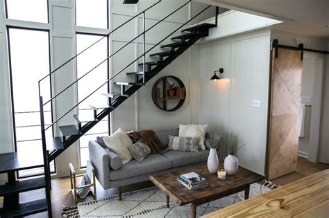 fixer upper houseboat episode 811 best images about fixer upper hgtv on pinterest hgtv