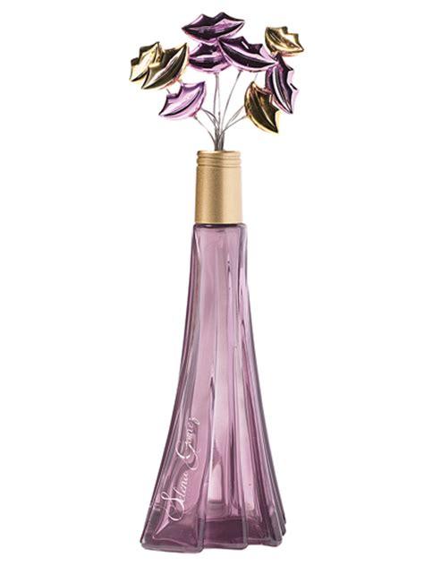Parfum Selena Gomez selena gomez unveils kissable signature perfume 2012