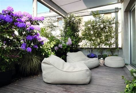 pavimentare un terrazzo per un balcone o un terrazzo necessario prima di tutto