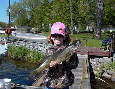 charter boat fishing grimsby walleye fishing in the bay of quinte with pro guide charter