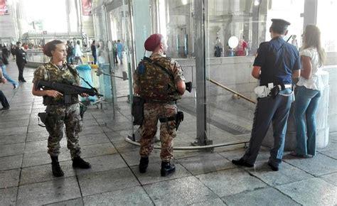 libreria mondadori treviglio rientrato l allarme bomba in metr 242 bergamosera