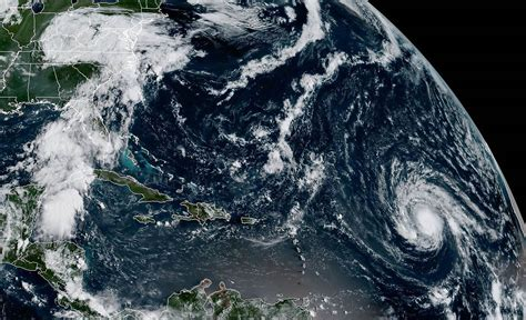 printable hurricane images hurricane irma packing 110 mph winds and headed west over