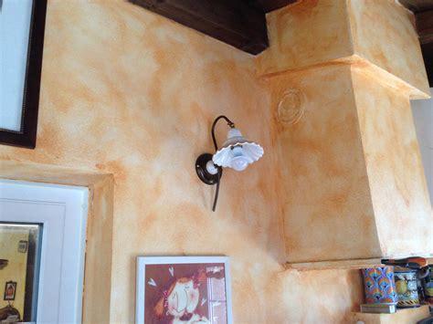 Illuminazione Per Taverna by Taverna Illuminazione Ladari E Applique In Ceramica