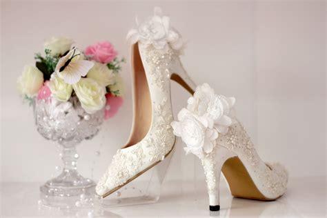 Sepatu Wanita Wedges Wanita Wedges Dhl Putih New Model sepatu pointed pompom brukat putih