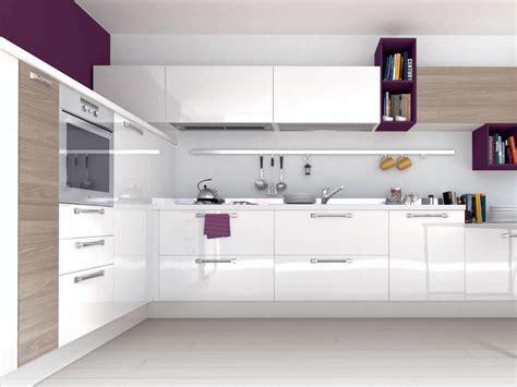 cucine lube modello noemi cucina componibile laccata in legno con maniglie noemi