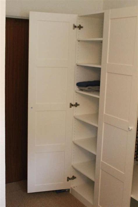 Kleiderschrank Weiß Mit Einlegeböden by Bett Mit Stauraum