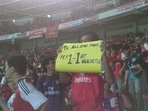 arsenal indonesia facebook indonesian arsenal fan trolls spurs supporters during