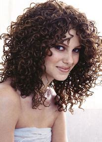 perms for oval face shape spiral perms for medium length hair oval face style your