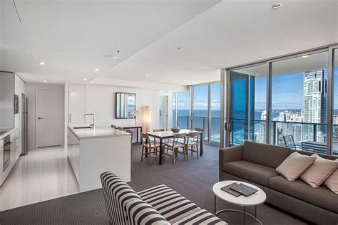 2 bedroom apartments in gold coast accommodation hilton surfers paradise