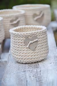 46 free amp amazing crochet baskets for storage diy to make