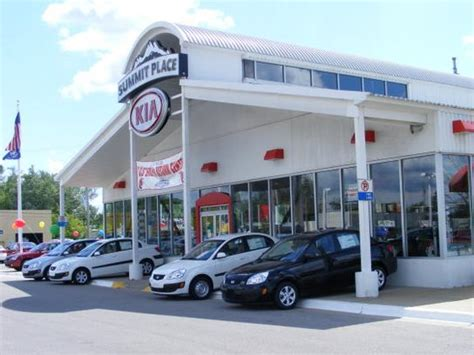 Kia Dealership Waterford Mi Summit Place Kia Of Waterford Waterford Mi 48328 Car