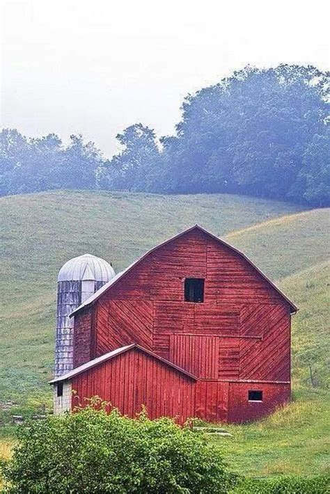 barn pics beautiful classic and rustic old barns inspirations no 20