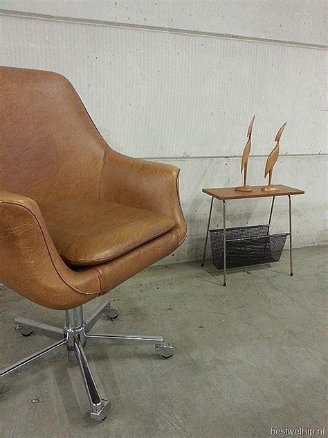 egg shaped desk chair vintage egg shape office chair desk chair bureaustoel
