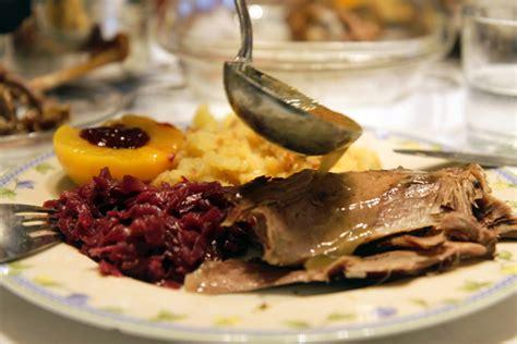heiligabend traditionen best heiligabend essen tradition images thehammondreport