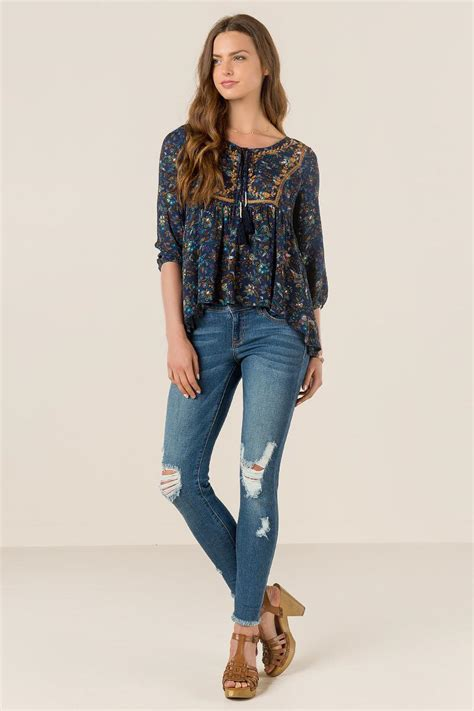 Blouse Nola navy nola embroidered floral blouse s