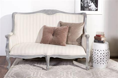 poltrone di legno dalani divano in legno sof 224 e poltrona rivestita in tessuto