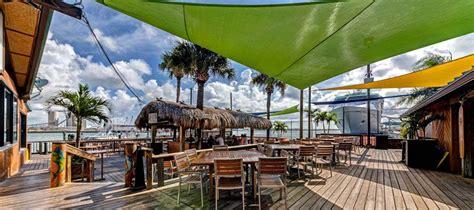 Grills Tiki Bar Grills Seafood Deck Tiki Bar Cruise Friendly