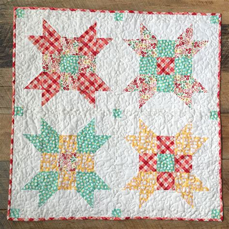 quilt pattern fat quarter five fat quarter fun free quilt pattern fresh eggs