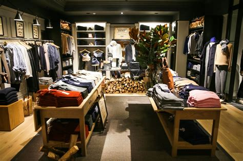 club monaco outlet club monaco s new flatiron flagship a continuous lean