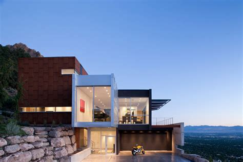 Hh House by Beautiful Modern Home With Fabulous Views