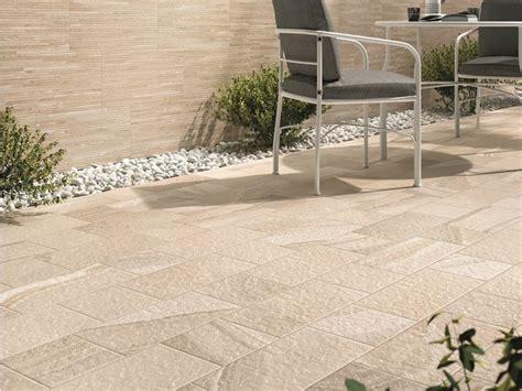 mattonelle per terrazzi esterni prezzi ceramiche per esterni pavimento per esterni