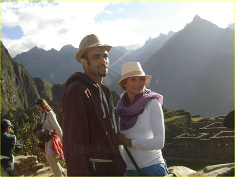Cameron Diaz Offends Peruvians by Sized Photo Of Cameron Diaz Bag Peru 06 Photo