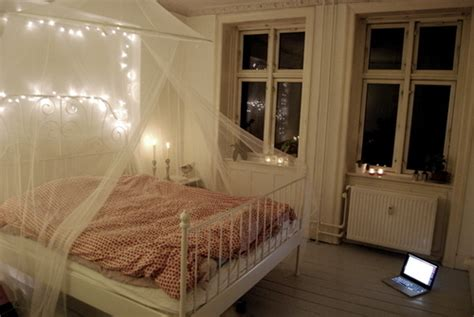 cute white bedrooms baldahin bed bedroom cute lights image 192402 on favim com