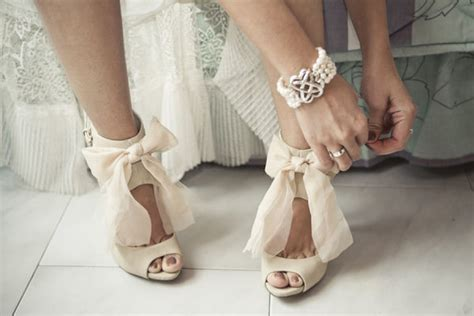 buy wedding shoes it s shoe time how to buy wedding shoes wedding