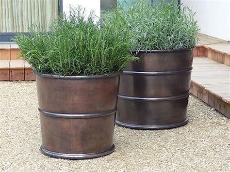 planter s 10 easy pieces bronze garden planters gardenista