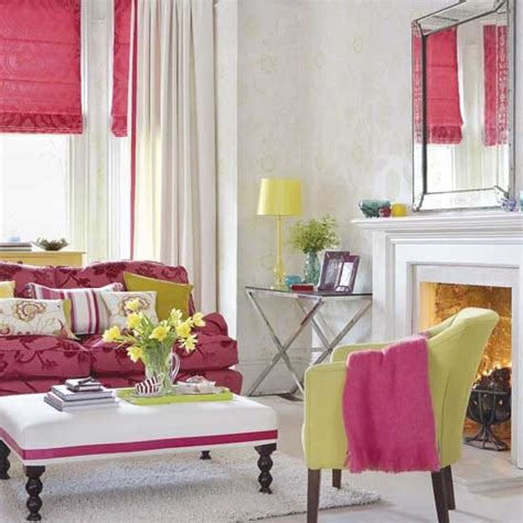 hot pink living room housetohome co uk tips for turning your chicago apartment into an inviting