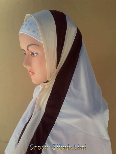 Bergo Jumbo Salma Pelangi 1 kerudung pelangi pipik uje grosir jilbab murah i grosir jilbab cantik