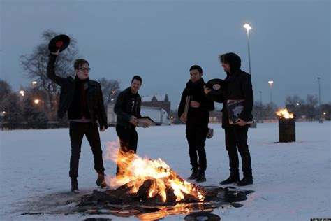 Fall Out Boy I fall out boy reunion band announces upcoming save rock and roll tour and album huffpost