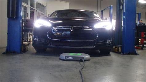 Tesla Model S Technology Plugless Tesla Model S System Installation Use Pictures