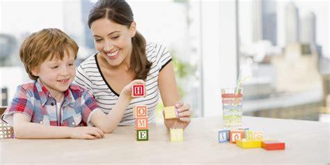 Bermain Sambil Belajar bermain sambil belajar permainan ini dapat membuat anak