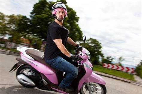 125 Motorrad Für Kleine Frauen by Honda Sh Mode Spezial Testbericht