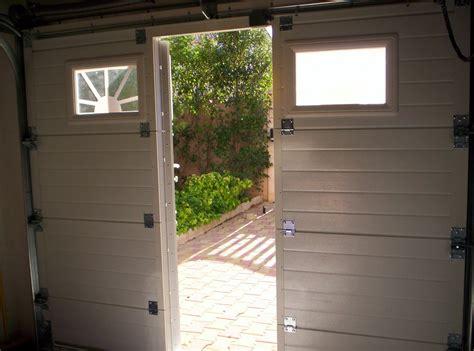 porte de garage en alu porte de garage en aluminium avec portillon int 233 gr 233 sma