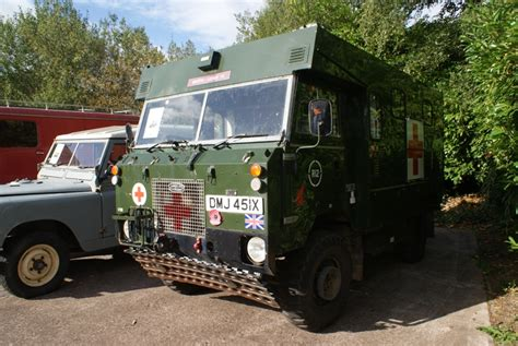 land rover 101 ambulance land rover 101 ambulance afv walkarounds britmodeller com